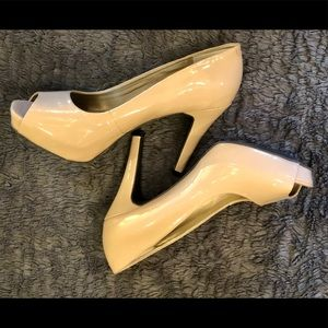 Nine & Co Taupe Nude Stiletto Heels - Size 10